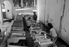 lavaderos publicos (guilletho) Tags: blackandwhite monochrome bw traditions blancoynegro noiretblanc blackwhite monocromatico mexico mexique