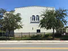 Buena Vista Elementary School (Phillip Pessar) Tags: building architecture buena vista elementary school wynwood miami