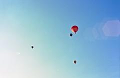 fourbaloonflare (addyandrn) Tags: balloon pa mamiya m645 portra darktable gimp film