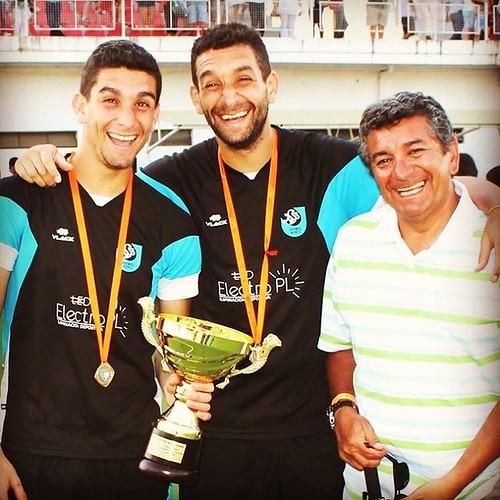 Felices los Fernandez jajaj #CampeonatoNacionaldeHockey @fedefernandezonega @faquito9