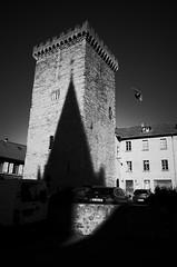 _R000258 (-=KRIS=-) Tags: streetscape embrun sun shadows tour brune hautes alpes street photography bird