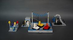 Classic space carnival (1) (adde51) Tags: adde51 lego moc classic space classicspace bumper car bumpercar carnival fair balloon repair bonanza foitsop
