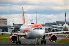 easyjet boeing 737 (macmarkmcd) Tags: aircraft manchester manchesteraviationcentre runwaypark nikon d300 tamron70200f28