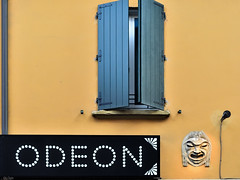 Odeon (lorenzog.) Tags: cinemaodeon bologna 2016 mask window sign emiliaromagna nikon d300 viamascarella