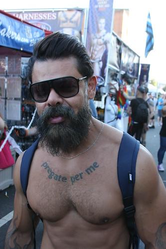 HELLA HOT HAIRY MUSCLE MAN ! FOLSOM STREET FAIR 2016 ! ( safe photo )