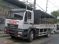 MAN CLA 18.300 | Pulisya (Next Base) Tags: czeon santos man cla 18300 | pulisya national capital region police truck manufacturer bus ag model chassis engine suspension axle configuration 4x2 shot location cloverleaf balintawak