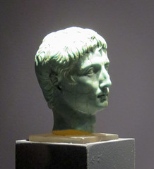 IMG_6119 (jaglazier) Tags: 1stcentury 1stcenturyad 2016 27bc14ad 5 5ad 63bc14ad adults augustus cologne copyright2016jamesaglazier crafts emperors gaiusjuliuscaesaroctavianusaugustus germany glass heads imperial julioclaudian kings koln köln men museums octavian portraits primaporta roman romangermanicmuseum römischgermanischesmuseum september turquoise archaeology art figurines royal sculpture