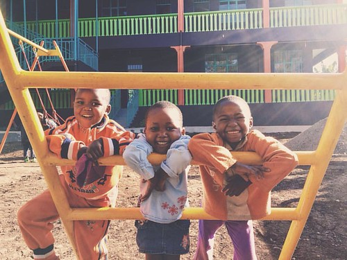 "Aren't these the best smiles you've ever seen?! 😁 #smilesformiles #happyhealthykids #bethechange #sponsorachild #neemaintl • <a style=""font-size:0.8em;"" href=""http://www.flickr.com/photos/59879797@N06/30986855866/"" target=""_blank"">View on Flickr</a>"