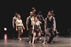 Compagnie XY (Juste Etienne (Guillaume Belaud)) Tags: music live reunion teat musicien pentax pentaxlife tamron danse dance compagniexy xy