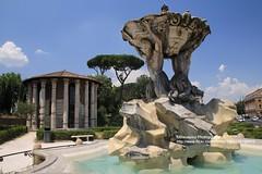 Rome, Forum Bovarium (blauepics) Tags: italien italy italia rom rome roma city stadt building gebude historical historisch roman rmisch water wasser fountain brunnen statue forum bovarium