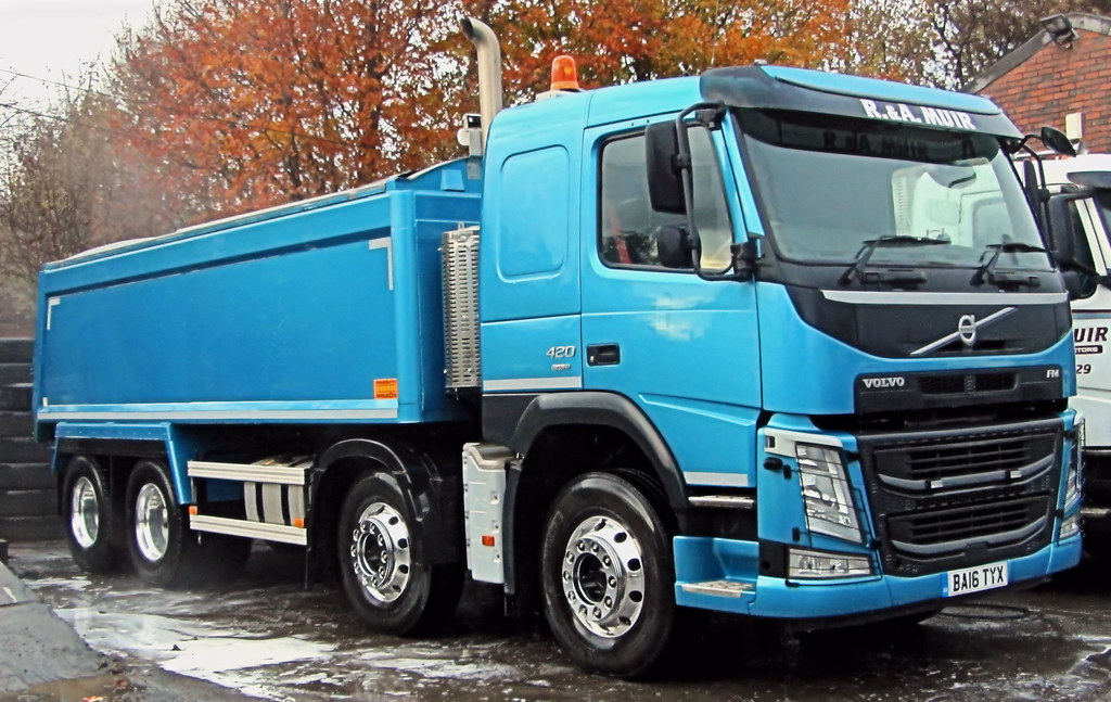 The World's most recently posted photos of largegoodsvehicle - Flickr Hive Mind