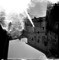 [Holga e le Sue Sorelle] Fortezza di Bard (Urca) Tags: holgalomo2201611120008 fortezzadibard valledaosta holga lomo doubleexposure doppiaesposizione analogico analog squareformat mediumformat 120 6x6 biancoenero blackandwhite bn bw