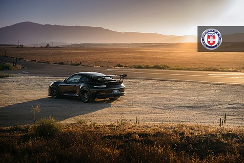 Porsche 911 GT3 RS on HRE Wheels