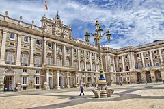 Palacio Real de Madrid (3).- (ancama_99(toni)) Tags: madrid espaa architecture spain arquitectura nikon palais palacioreal 18105 10favs 10faves 25favs 25faves d7000