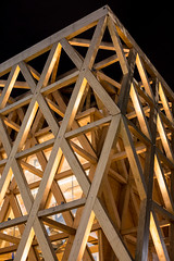 Geometrie di legno e luce (Emanuele Vercesi) Tags: colori contrasto ef 50mm f14 usm notte geometrie linee eos 5d mark iii milano luce angoli expo 2015 padiglione cile legno forme lombardia astratto arancione schema italia architecture contrast expomilano2015 light lines milan night orange padiglionecile pattern shapes wood it