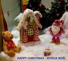 Happy Christmas for all my Flickr's Friends- Joyeux Nol  tous mes ami(e)s de Flickr (p.franche) Tags: bear christmas brussels snow europe belgium belgique bruxelles panasonic dxo neige fte nol brussel hdr ours prenol belge fz200 pascalfranche pfranche