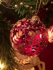 It's the most wonderful time of the year ........ (abbietabbie) Tags: christmas glass glitter gold bauble embellished