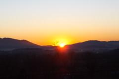 alba invernale (memo52foto) Tags: italien italy sunrise dawn europa europe italia alba eu brianza lombardia italie madrugada ue lombardy aube lombardie morgenstunde lombardei tagesanbruch morgenrote