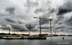 Houthavens 1-10-16 (kees.stoof) Tags: houthaven houthavens amsterdam wolken clouds kranen bouwen