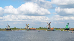 (Lin ChRis) Tags: zaanseschans holland netherlands 荷蘭 trip travel 贊瑟斯漢斯 noord north 風車 windmill sea ocean 海