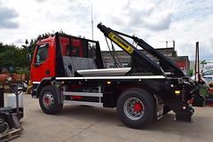 Webb EXTRAREACH Skip Trucks (Webb Truck Equipment) Tags: webb skip unit loader truck equipment acton suffolk refuse recycling wagon lorry lorries arms uk england