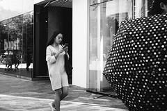 _DSC7140 (Kevin.Beijing) Tags: people human humanity element street streetshot streetshoot streetshooter streetphotography streetphoto streetscene streetview view life streetlife photography snapshot snap shot shoot shooter scene monochrome blackandwhite bw wb black white nocolor china beijing sanlitun