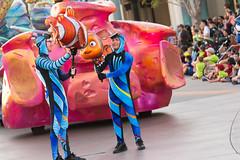 Pixar Play Parade (jodykatin) Tags: pixarplayparade disneycaliforniaadventure diver nemo marlin