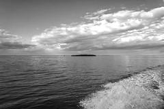 Boating on Florida Bay: Key Largo (Louise Lindsay) Tags: florida bay key largo sea island mangroves sky clouds boat wake 12514 2014