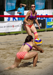 Beach volley (sjarvinen) Tags: sport action women female playing beachvolley outdoor summer team game