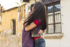 Amor en las calles (Diego André Rivera) Tags: amor love pareja relacion novios sentimientos felicidad noviembre antigua guatemala canon eos 70d 50mm 18135m detalle colonial sonrisa
