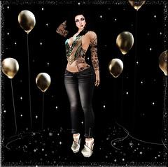 Sparkle-ista (aeyanna.attitude) Tags: glitter balloons design shoes pants top ale blues sparkle sl jeans blueberry secondlife cr priyanka badtothebone nyamnyam maitreya slink moonlightlounge azoury larahurley glitterballoon {anc} {indyra} {scene} {joli} connexecream miajeans scarfhalter dippedclaws naiesli