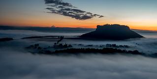 Lilienstein im Nebel