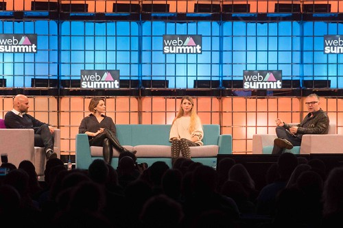 THE WEB SUMMIT DAY TWO [ IMAGES AT RANDOM ]-109865