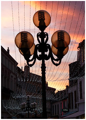 Candlabre -  Candelabra (diaph76) Tags: lighting street houses france holidays maisons tinsel rue extrieur dcoration clairage habitations ftes guirlandes candlabre