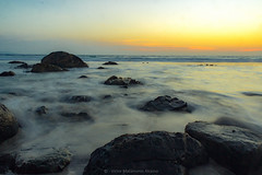 Atardecer entre Rocas (Vitokoooo!) Tags: longexpo playa totoralillo chile coquimbo canon