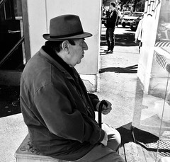 (p$ychoboyJ@ck) Tags: man old profile profilo bn bw street streetphotography italy italia