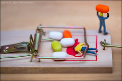 Tic Tac Trap (Pikebubbles) Tags: smallworld itsasmallworld davidgilliver davidgilliverphotography littlepeople thelittlepeople miniature miniatures miniatureart figurine figurines actionfigure mousetrap tictac toys toy toyart tiny