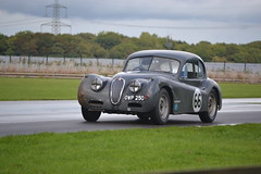 DSC_0859 (R_W_M) Tags: castlecombe castlecombeautumnclassic classiccars historicracing intermarquerace carportrait jaguar xk racingcar xk120