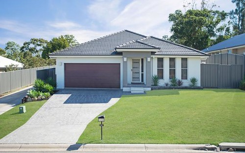 35 Laurie Drive, Raworth NSW 2321