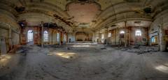 Ballsaal (Foto_Fix_Automat) Tags: lostplaces saal ballsaal urbex urbanexploring urbanfotografie marode verlassen
