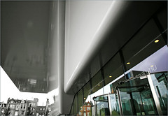 """La baignoire"" Le Stedelijk museum, Amsterdam, Nederland (claude lina) Tags: claudelina nederland netherlands paysbas hollande amsterdam ville city town muse museum stedelijkmuseum architecture"