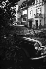 Mini Ature Car (Alexander  Bulmahn) Tags: mini cooper bremen bildern canon al 1 fd 50mm f18 ilford delta 400 xelriade