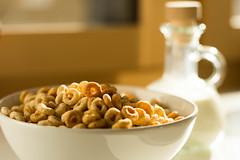 Cheerios!!! (cheesypic1) Tags: morning breakfast milk cheerios cornflakes morgen frhstck milch msli