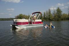 Sunchaser Traverse Pontoon Boat (thebestboatbrands) Tags: traverse pontoon 2016 sunchaser 7522cruise 7520cruisedlx 7516cruise 7518cruise 75204pt