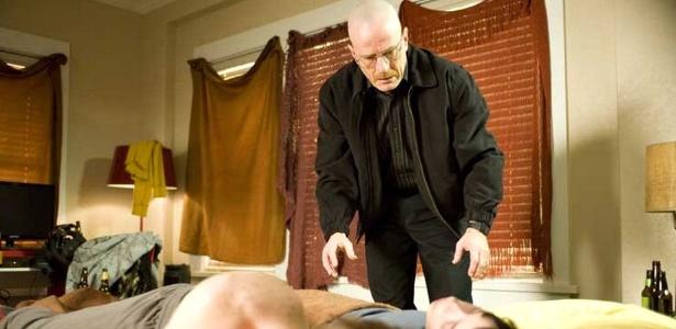 """Bryan Cranston chora ao lembrar gravações de cena trágica de """"Breaking Bad"""""""