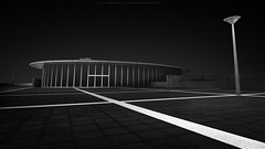 c r o s s (Jin Mikami) Tags: monochrome blackandwhite abstract lines blackbackground