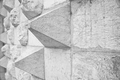 Casa dos bicos (miza monteiro) Tags: casadosbicos bicos lisboa lisbon lisbonne pretoebranco pedra