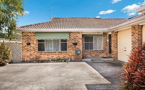 2/64 Acacia Cct, Yamba NSW 2464