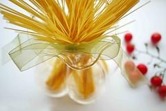 25 October 2016: World Pasta Day! (Rosmarie Wirz) Tags: worldpastaday spaghetti bunch vase life cherrytomatoes stilllife