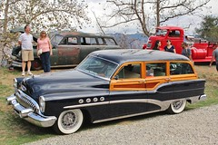 Art Center Car Classic 2016 (USautos98) Tags: 1953 buick roadmaster woodie woody wagon